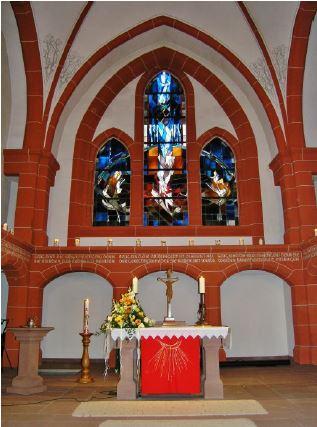 Versöhnungskirche Altarraum